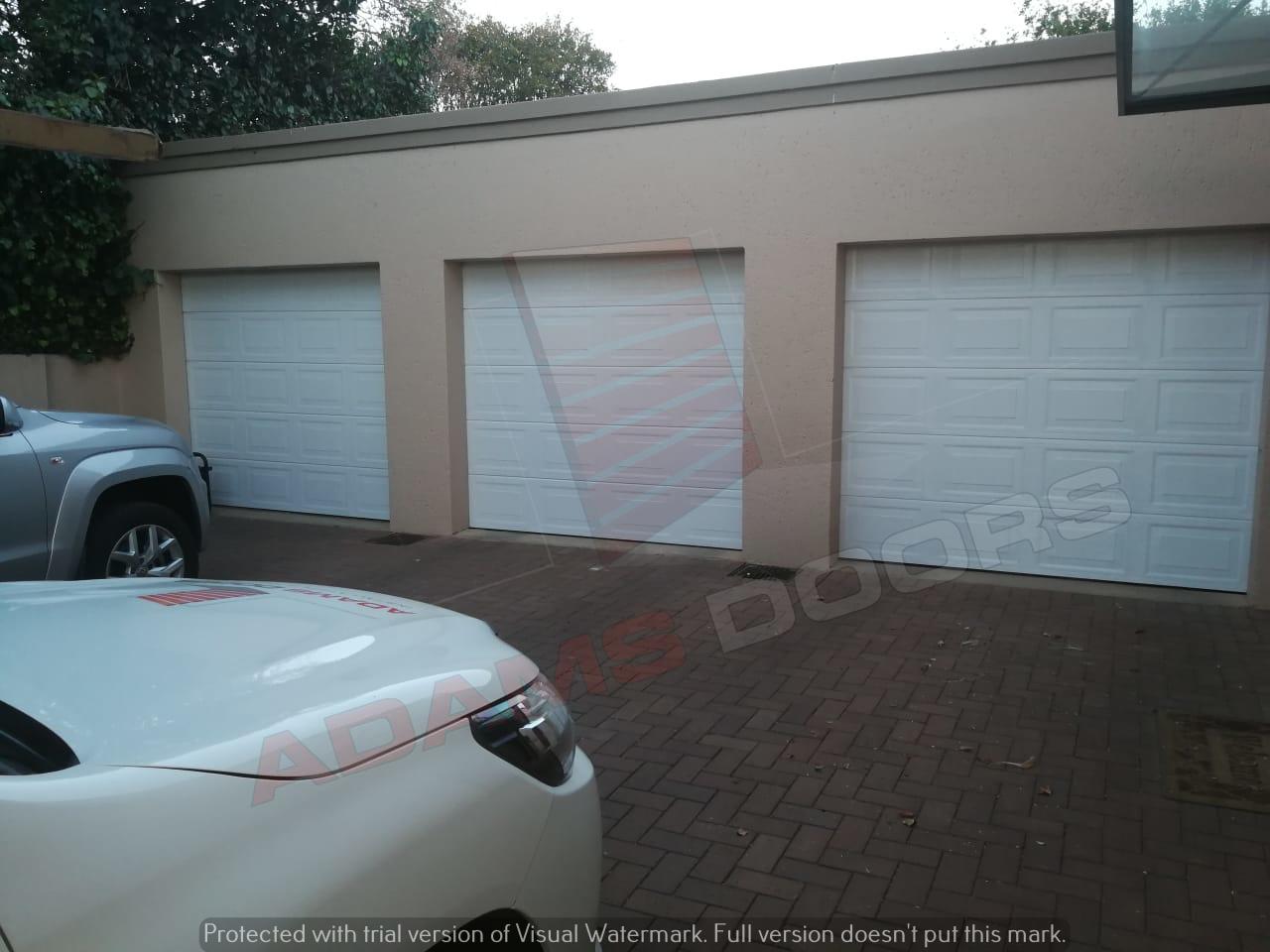 3x Single white statesman doors