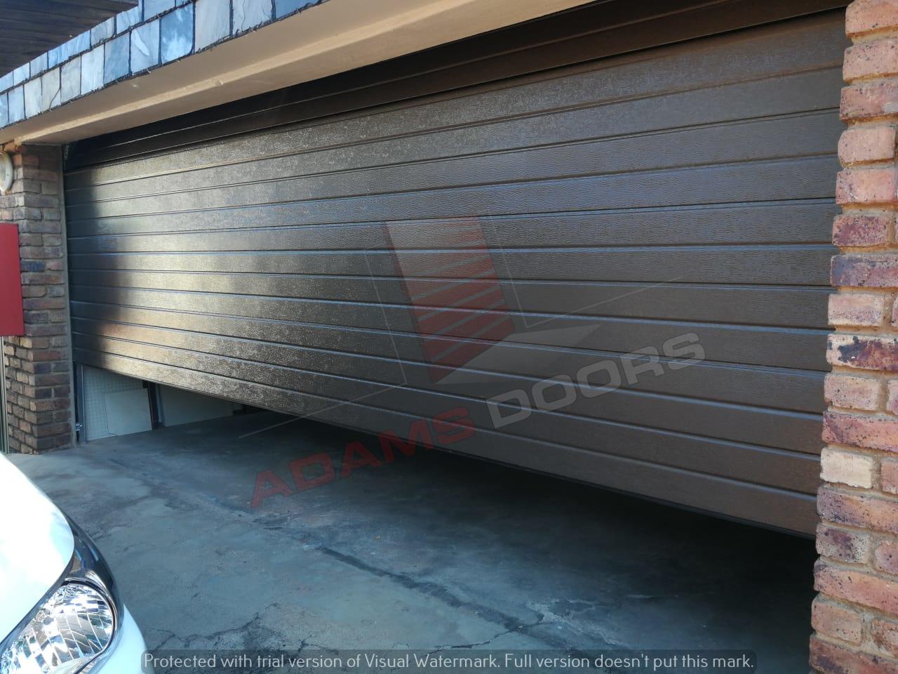 Double Brown Cotemp door